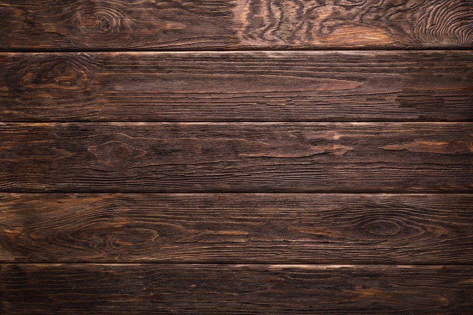 Jakie drewno na elewacje wybrać?