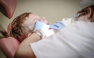 Czemu konieczne są regularne wizyty u stomatologa?