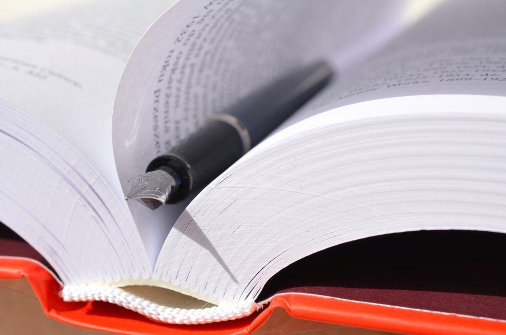 książka i pióro